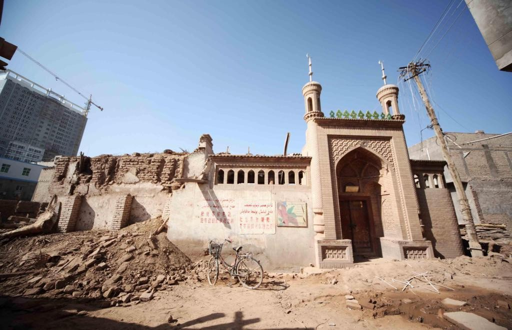 kashgar-old-city-rubble